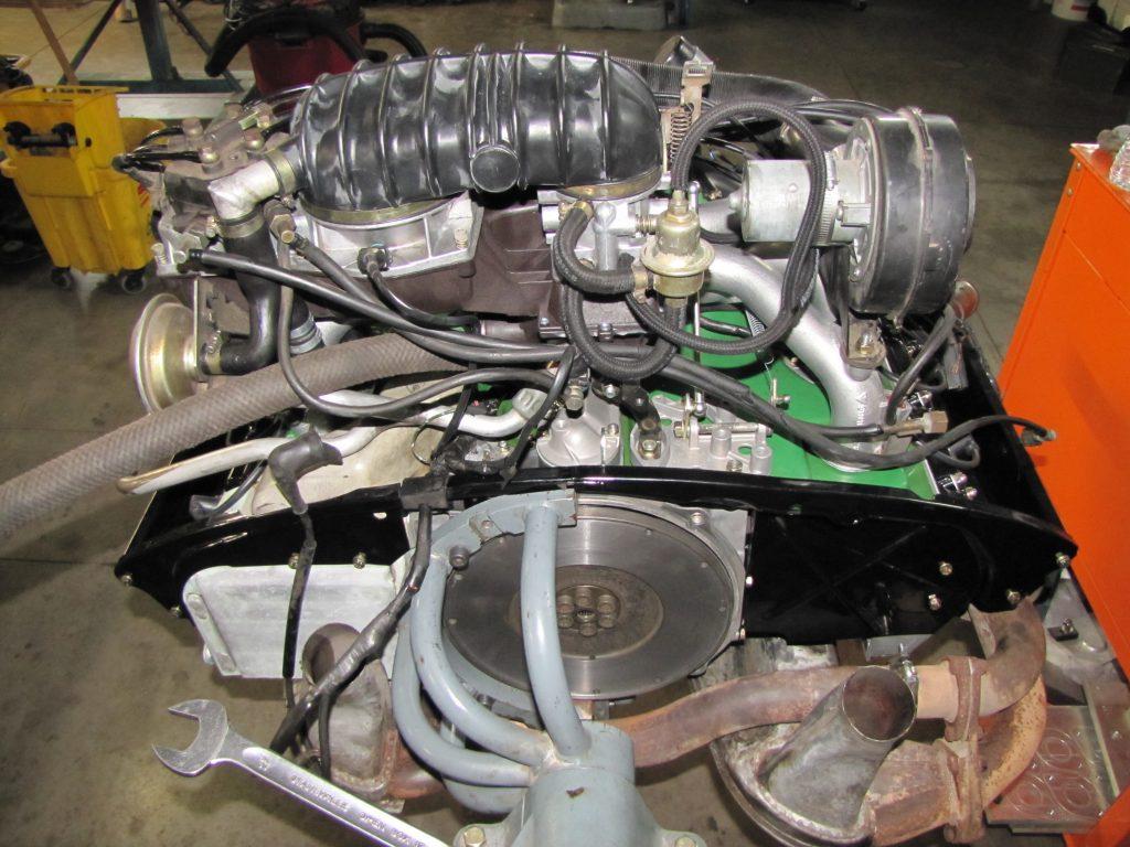Motor de inyección de combustible CIS de 2.7L