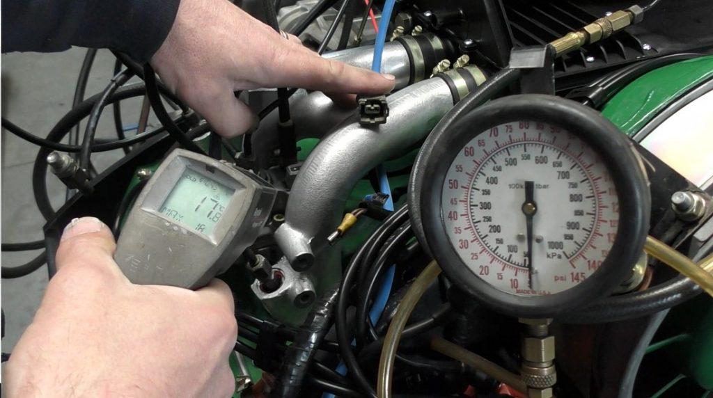La inyección de combustible CIS se basa en las presiones de combustible correctas